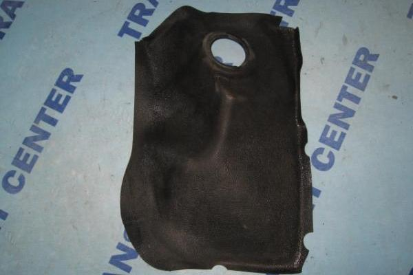 Right rubber on inner wheel arch Ford Transit 1986-1991 used