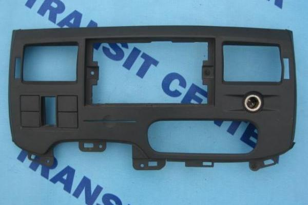 Dashboard middle panel Ford Transit 2006 - 2013 used