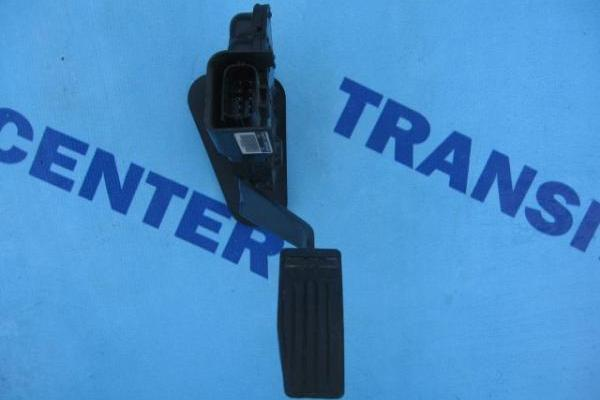 Gas pedal Ford Transit 2.4 TDDI 2000-2006 used